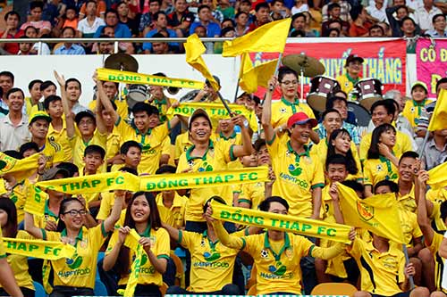 """Hạ dàn """"sao"""" U16 VN, U17 Đồng Tháp vô địch giải U17 - 2"""