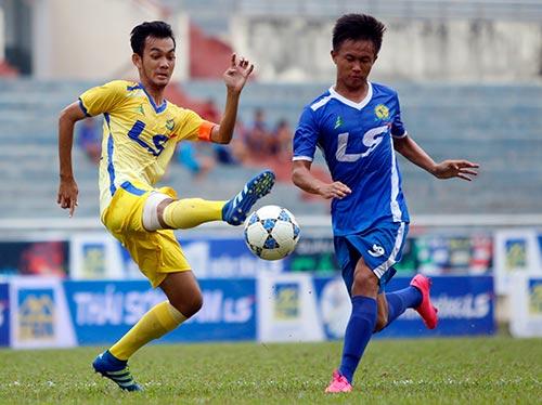 """Hạ dàn """"sao"""" U16 VN, U17 Đồng Tháp vô địch giải U17 - 3"""