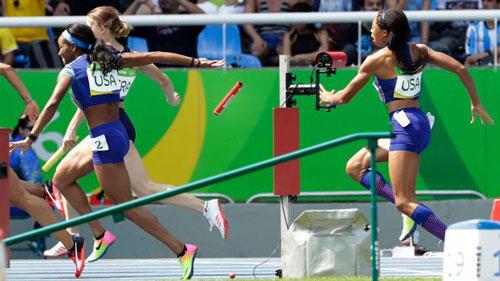 Bị loại 4x100m, đội điền kinh Trung Quốc kêu oan - 3
