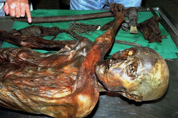 Phát hiện xác ướp 5.300 năm ăn mặc thời thượng - 1