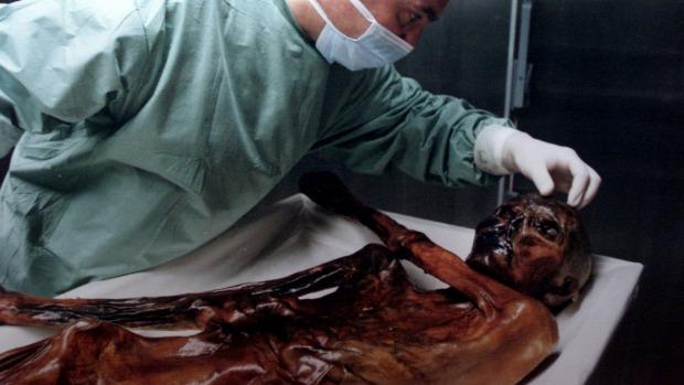 Phát hiện xác ướp 5.300 năm ăn mặc thời thượng - 2