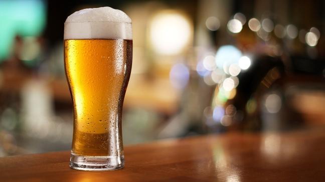 Mỹ: Sống lâu trăm tuổi nhờ uống bia mỗi ngày - 2