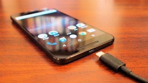 Thêm bằng chứng smartphone dễ bị tấn công khi sạc qua cổng USB - 1