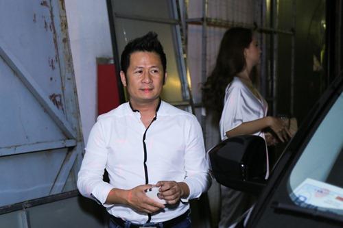 Vừa về nước, chồng Tây tháp tùng Thu Minh làm giám khảo - 5