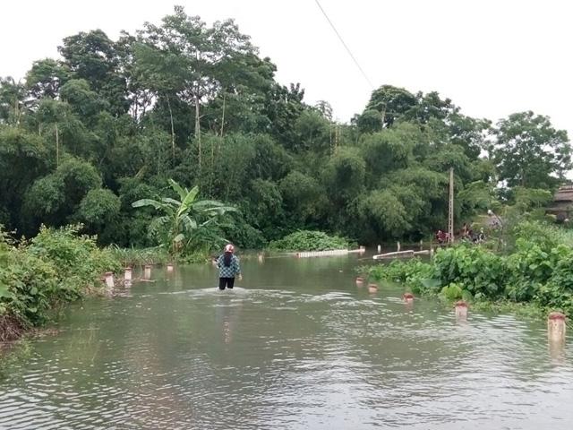 Nhiều nơi ở Nghệ An, Thanh Hóa bị cô lập sau bão số 3 - 1