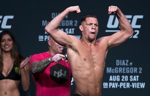 """Đại chiến UFC: """"Gã điên"""" đòi đấm gục cả đội đối thủ - 3"""