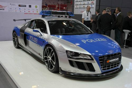 Top 10 xe cảnh sát đắt nhất khiến tội phạm khiếp vía - 4