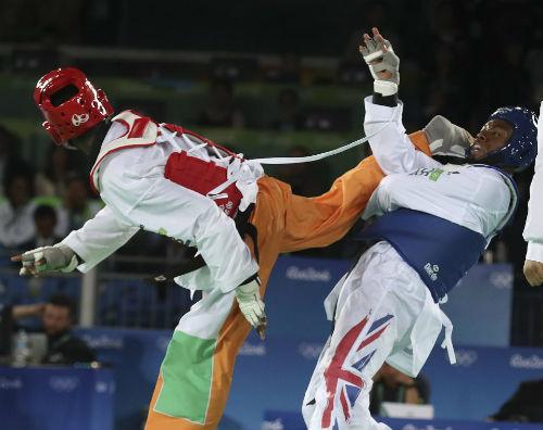Tin nóng Olympic ngày 15: Khóc nấc vì mất HCV vào giây cuối - 1