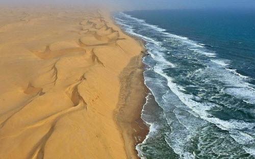 """Nơi sa mạc Namib """"hẹn hò"""" với đại dương - 5"""