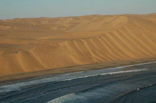 """Nơi sa mạc Namib """"hẹn hò"""" với đại dương - 7"""