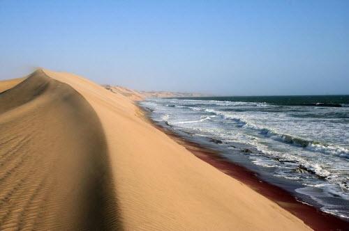 """Nơi sa mạc Namib """"hẹn hò"""" với đại dương - 9"""