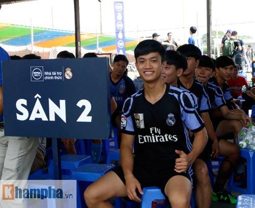 """Bóng đá """"phủi"""" Sài Gòn so tài nảy lửa săn vé đến Real Madrid - 4"""