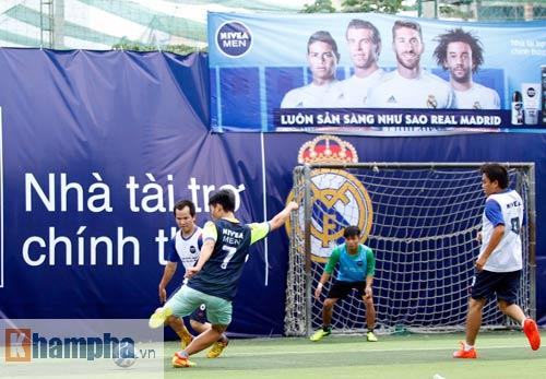 """Bóng đá """"phủi"""" Sài Gòn so tài nảy lửa săn vé đến Real Madrid - 5"""