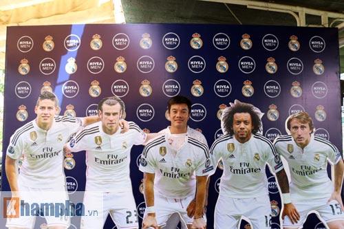 """Bóng đá """"phủi"""" Sài Gòn so tài nảy lửa săn vé đến Real Madrid - 14"""