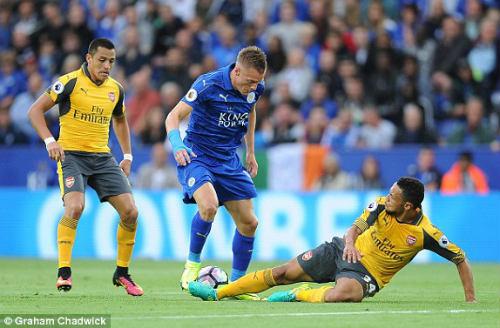 Leicester City - Arsenal: Chung một niềm đau - 1