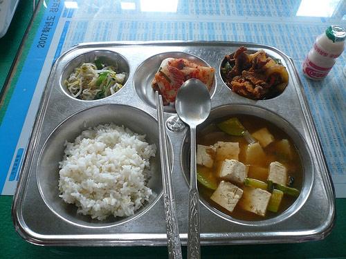 Nên ăn cơm trưa lúc mấy giờ và ăn gì trong bữa trưa? - 3