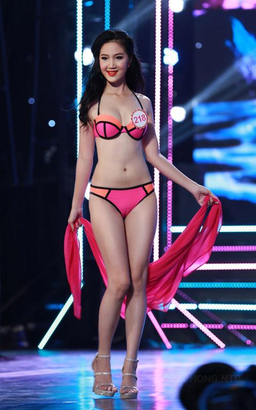 Nét đẹp xuân thì của 3 cô gái vừa bỏ thi Hoa hậu VN - 14