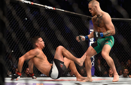 McGregor - Diaz: 5 hiệp đấu căng thẳng (UFC 202) - 1