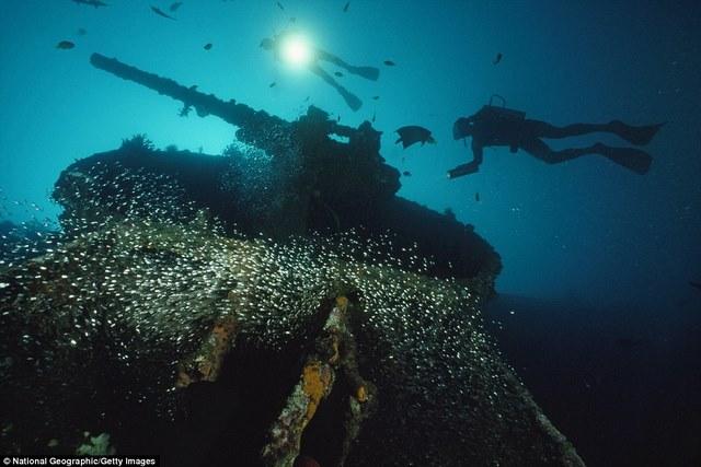 Khám phá tàu chiến Mỹ 13.000 tấn chìm sâu dưới biển - 2