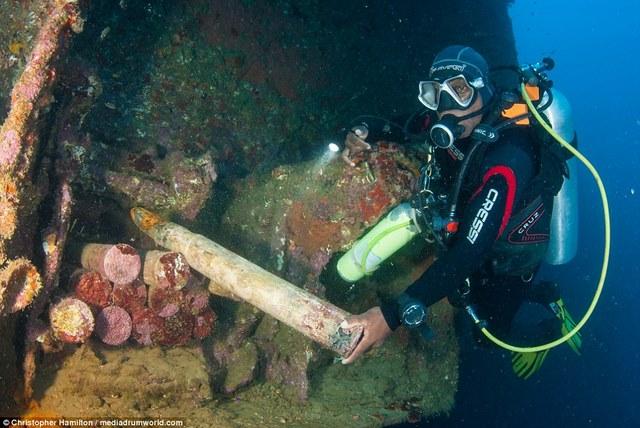 Khám phá tàu chiến Mỹ 13.000 tấn chìm sâu dưới biển - 3