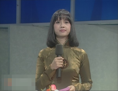 """MC """"Olympia"""" thành người đàn bà quyền lực nhất VTV - 1"""