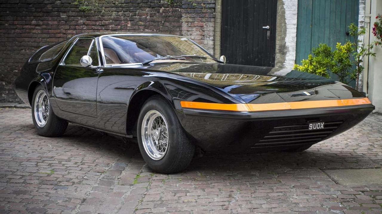 """Huyền thoại Ferrari 365 GTB/4 Daytona có giá """"khủng"""" - 2"""