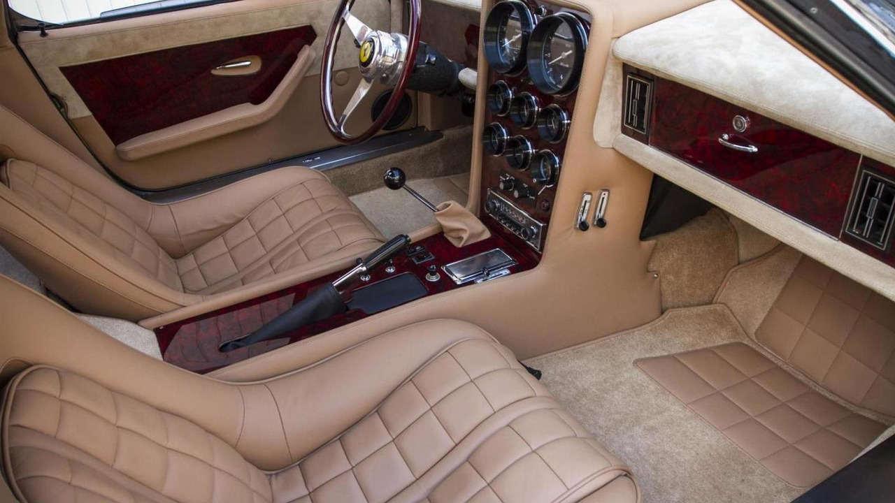 """Huyền thoại Ferrari 365 GTB/4 Daytona có giá """"khủng"""" - 4"""