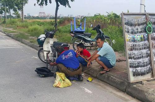"""""""Đinh tặc"""" lộng hành trên Đại lộ dài nhất Việt Nam - 2"""