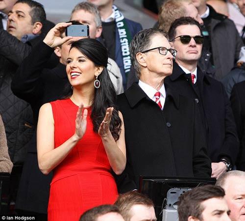 Tin HOT tối 21/8: Liverpool sắp lắm tiền hơn cả Man City - 1