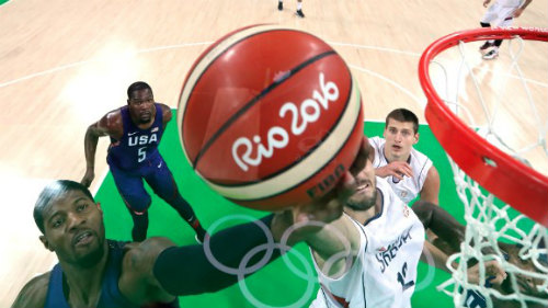 Tin nóng Olympic ngày cuối: Bóng rổ nam Mỹ lại vô đối - 1