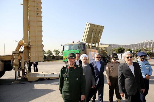 Iran tiết lộ hệ thống phòng không tự sản xuất đầu tiên - 1