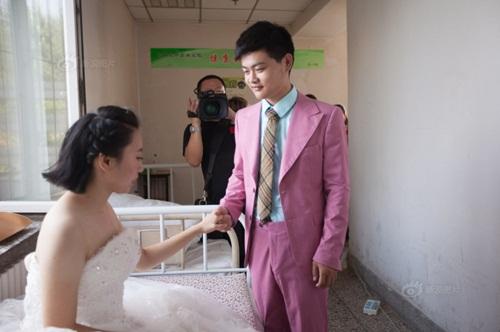 Hôn lễ đẫm nước mắt của cô gái ung thư giai đoạn cuối - 5