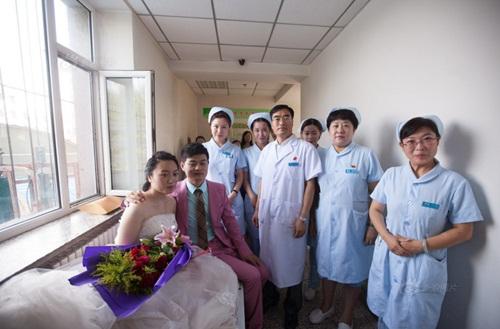 Hôn lễ đẫm nước mắt của cô gái ung thư giai đoạn cuối - 8