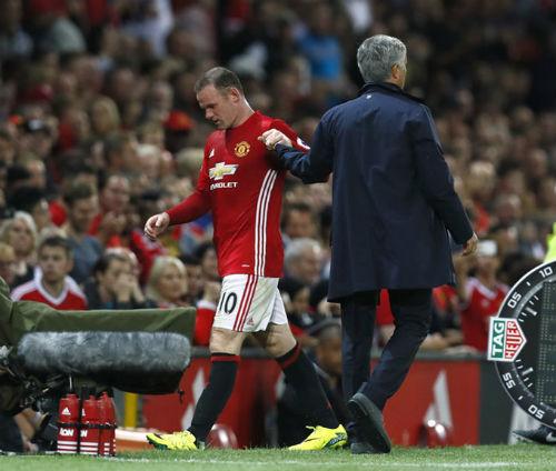 """MU - Rooney: Đội trưởng """"cô đơn"""" và dấu hỏi tương lai - 1"""