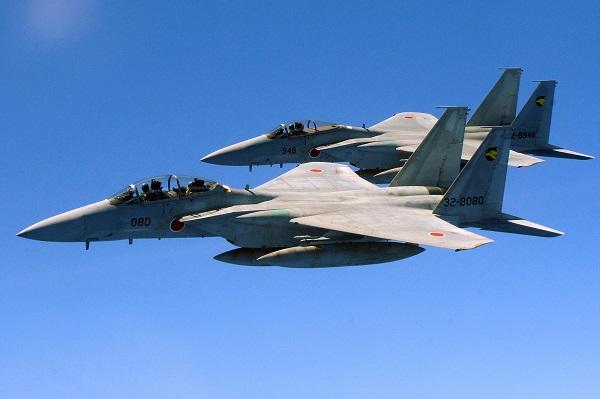 Nhật sẽ tăng gấp đôi tên lửa trên máy bay F-15 chống TQ - 1