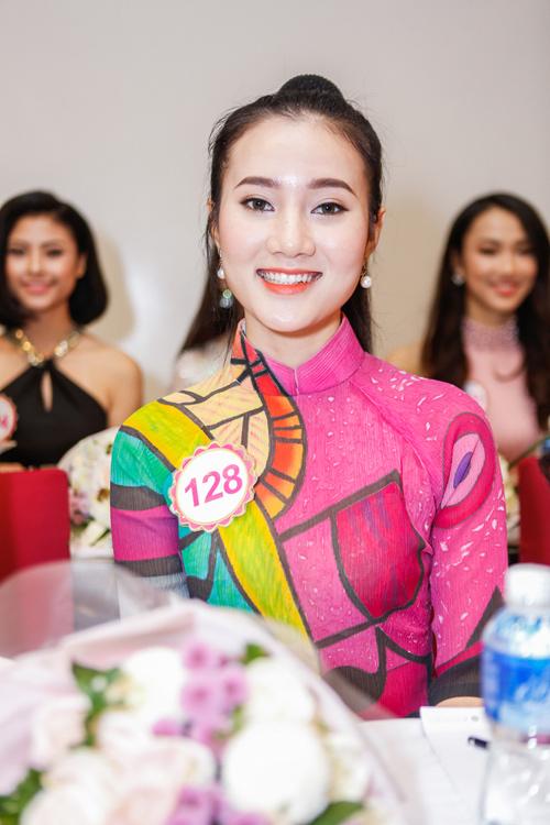 Ngắm top 30 Hoa hậu VN trong lần đầu ra mắt báo chí - 4