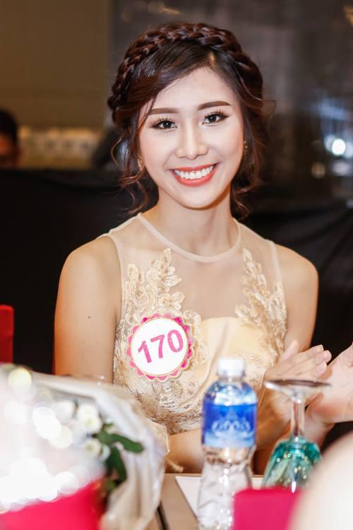 Ngắm top 30 Hoa hậu VN trong lần đầu ra mắt báo chí - 30