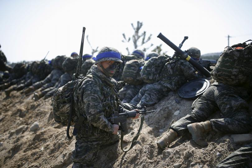Triều Tiên dọa biến Mỹ thành tro tàn vì tập trận với HQ - 1