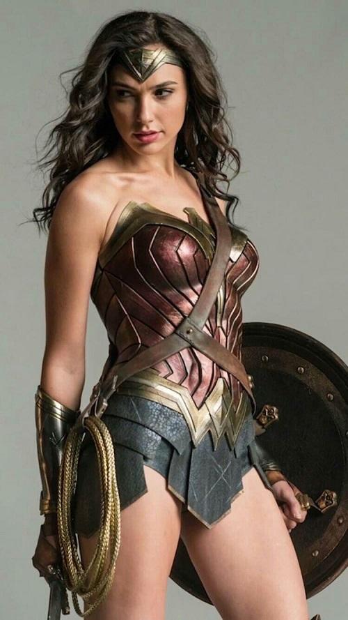 """Video: Cảnh chiến đấu """"gợi cảm"""" của Wonder Woman - 1"""