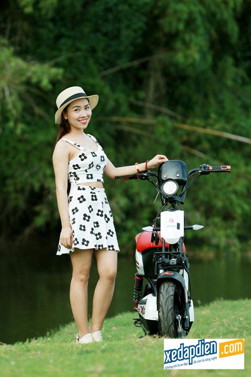 Độc đáo xe đạp, xe máy điện chống nước giá rẻ tại Hà Nội - 2
