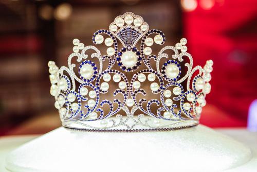 Hoa hậu VN: Vẫn nhận nhiều đơn tố cáo nặc danh - 5