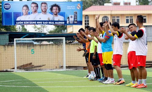 """Nghẹt thở trận CK bóng đá """"phủi"""" Sài Gòn sẵn sàng tranh vé đi Bernabeu - 5"""