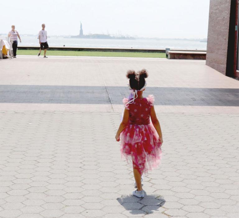 Fashionista thế giới ngả mũ trước nhóc tì 4 tuổi nhà Beyoncé - 6