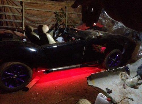 """Thợ Việt tự chế """"siêu xe"""" Shelby Cobra ở Đắk Nông - 5"""