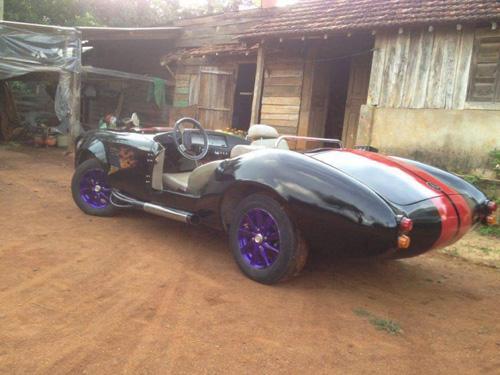 """Thợ Việt tự chế """"siêu xe"""" Shelby Cobra ở Đắk Nông - 7"""
