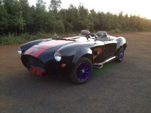 """Thợ Việt tự chế """"siêu xe"""" Shelby Cobra ở Đắk Nông - 9"""