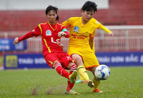 Hơn chục khán giả xem trận cầu đinh bóng đá nữ Việt Nam - 5