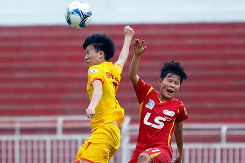 Hơn chục khán giả xem trận cầu đinh bóng đá nữ Việt Nam - 8