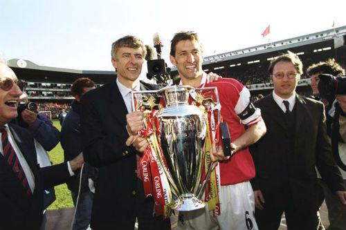 Arsenal 2 trận-1 điểm: Wenger, ảo thuật gia sắp hết trò - 1