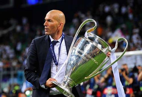 """Real: Zidane trên con đường của """"thánh"""" Johan Cruyff - 2"""